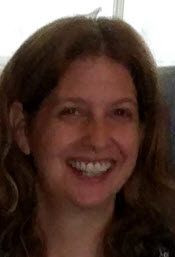 Photo of Professor Peggy Hauselt