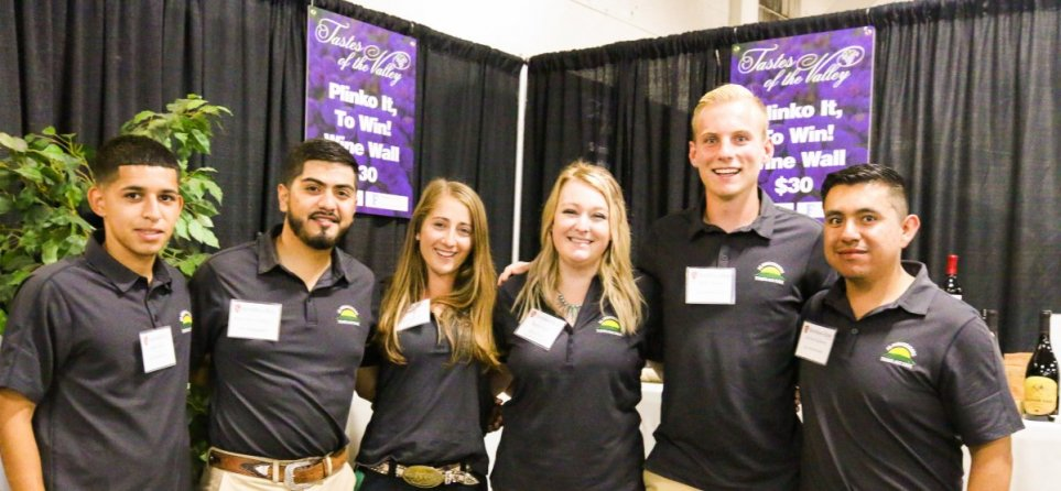 Agriculture students volunteer at the 2019 Tastes of the Valley Event